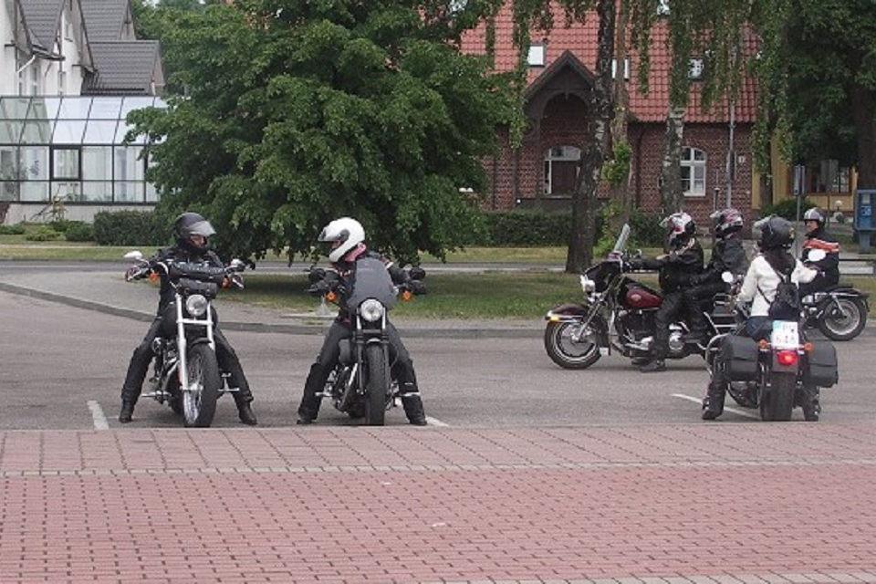 Kelių policija kovos su motociklininkais