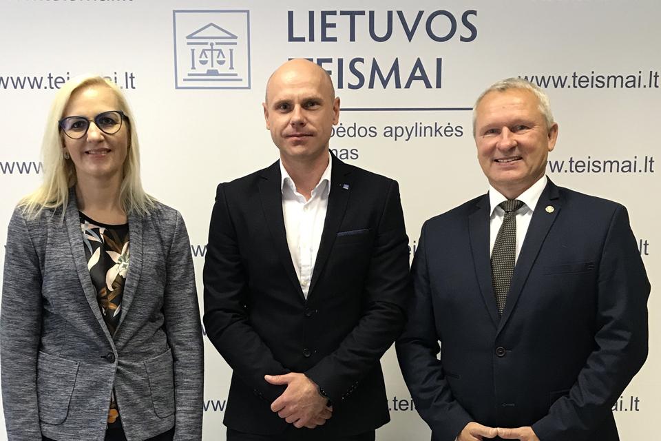 Darbą pradėjo Klaipėdos apylinkės teismo pirmininko pavaduotojai