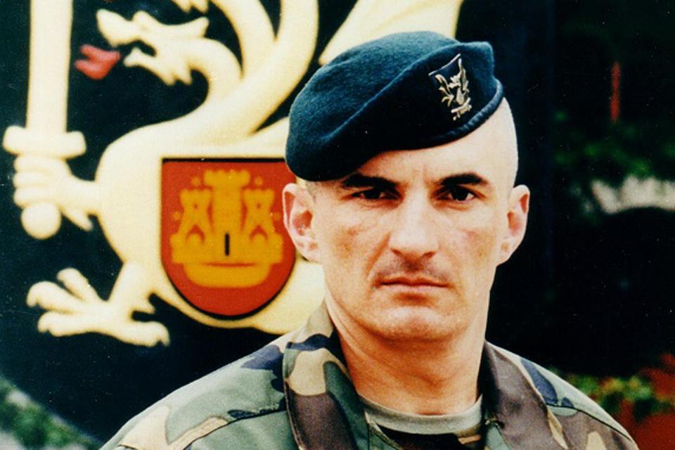 Pagerbtas pirmasis Dragūnų bataliono vadas