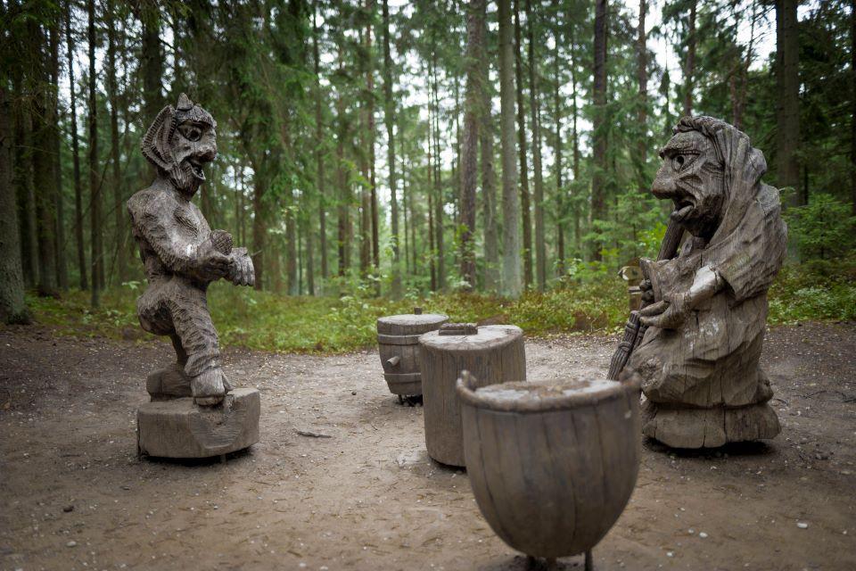Raganų kalno skulptūroms – daugiau specialistų dėmesio