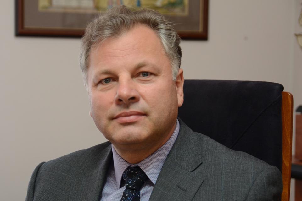 Laikiną rektorių skirs nauja Taryba