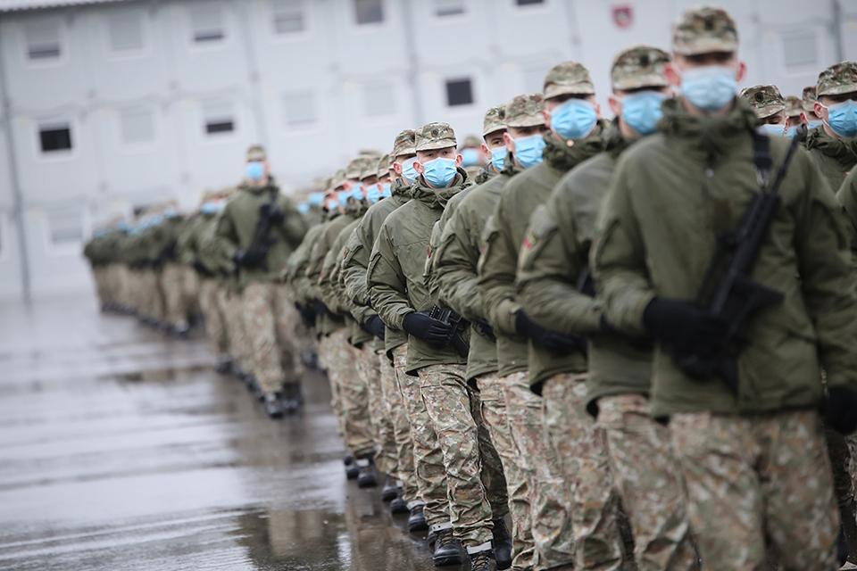 Karinėse jūrų pajėgose – 60 šauktinių
