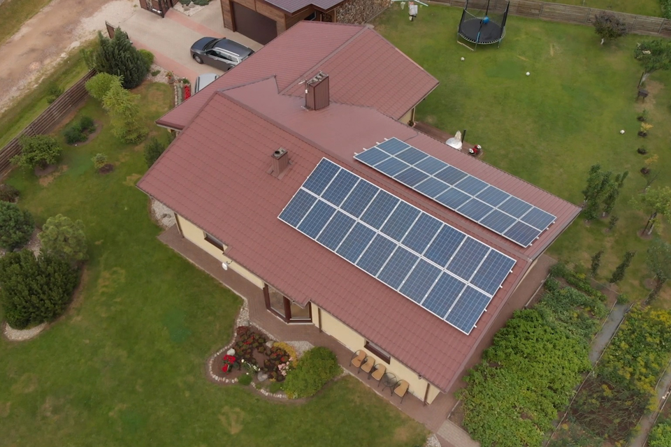 Saulės jėgainių savininkais galės tapti ir jų negalintys įsirengti gyventojai
