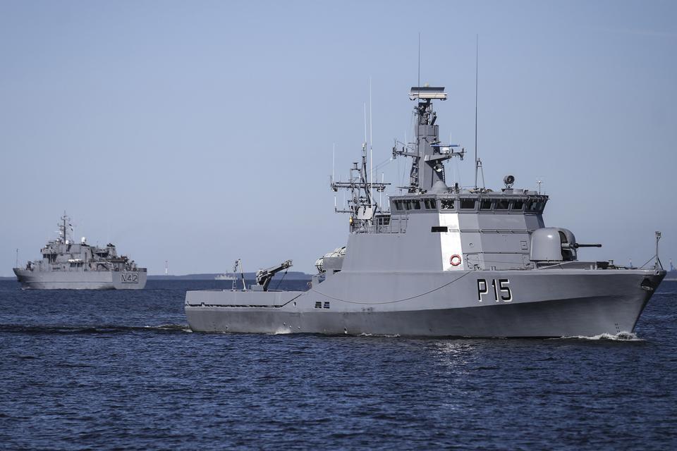 Atplauks 37 NATO karo laivai