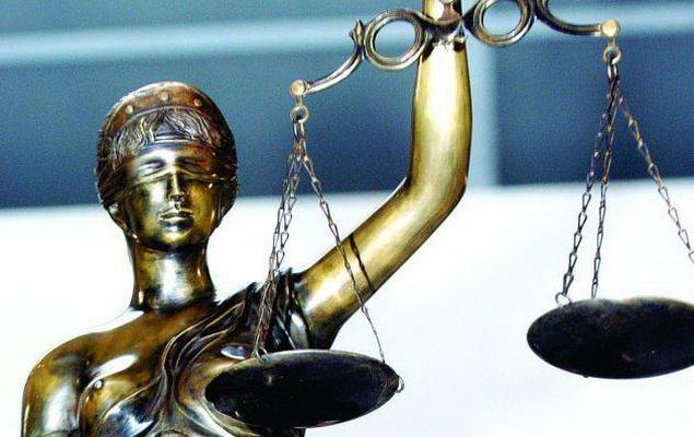 Buvusį aukštą Klaipėdos savivaldybės klerką persekioja teismų šmėkla