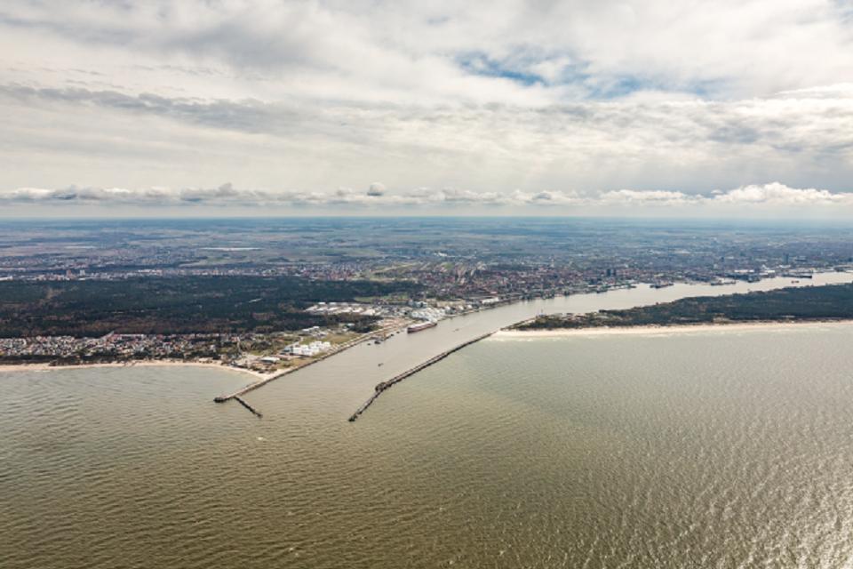 Uosto akvatorijos valymo darbai įgauna pagreitį