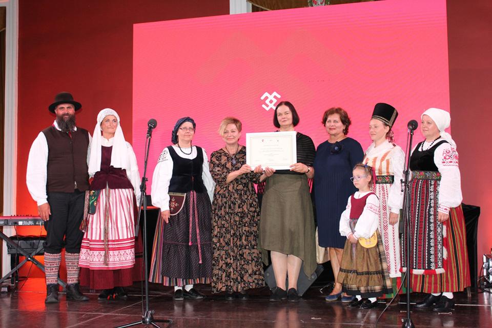Nematerialaus kultūros paveldo vertybių sertifikatai – lietuvininkų dainavimo ir Neringos bumbinimo tradicijoms