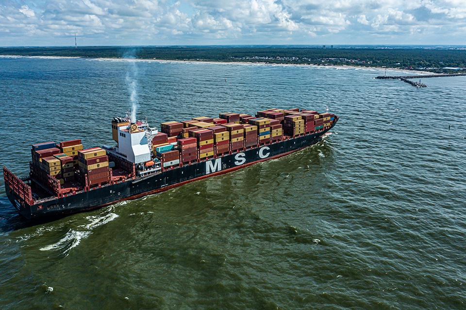 В Клайпедский порт возвращаются океанские контейнеровозы?