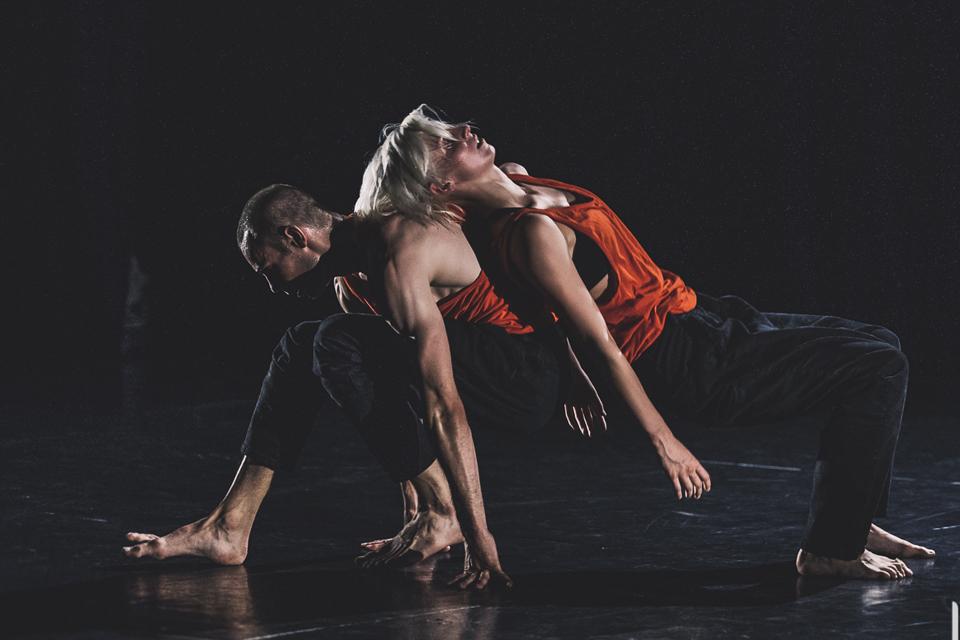 """Klaipėdoje ir Kretingoje – """"Auksinio scenos kryžiaus"""" laureatų šokio spektaklis"""
