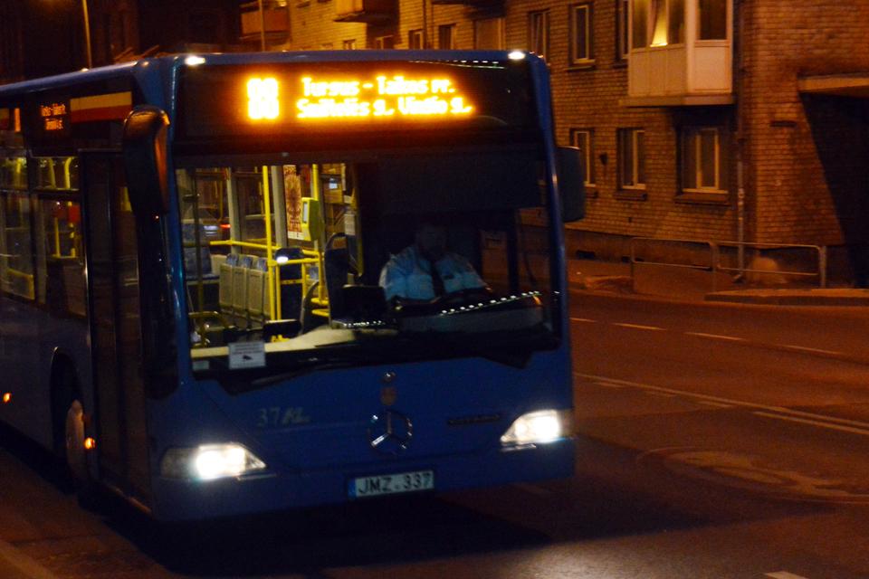 Penktadienį ir šeštadienį – nemokamos kelionės autobusais