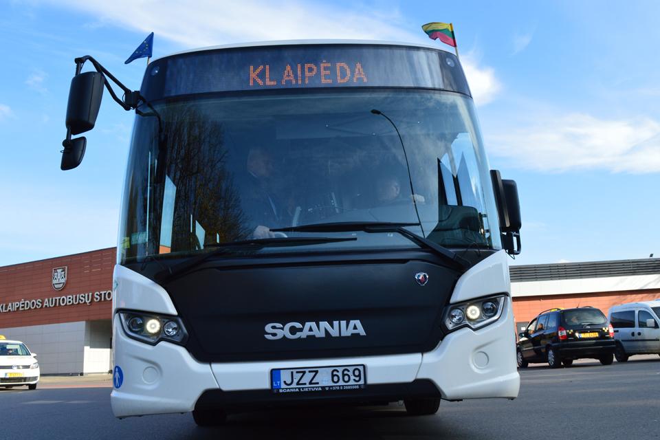 Kaip nedera elgtis tolimojo susisiekimo autobusuose?