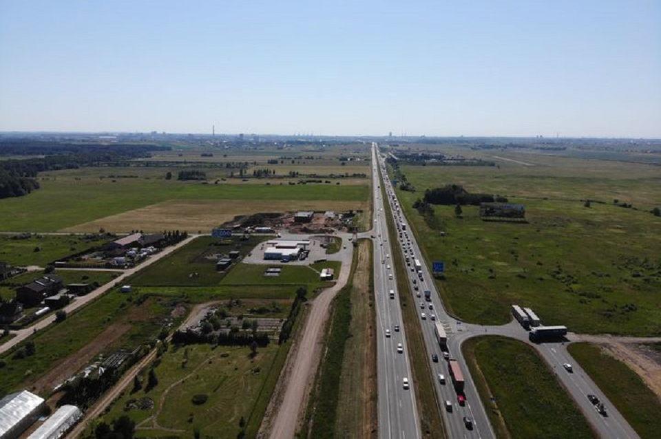 Lietuva traukia į pajūrį: uostamiesčio prieigose – kilometrinė eilė