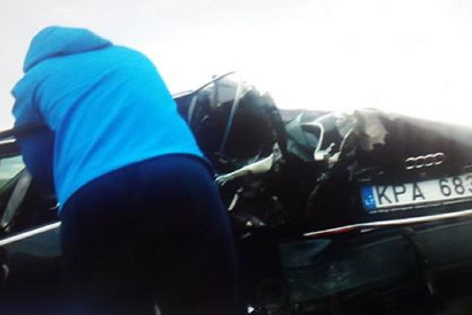 Avarijoje žuvo 20-metis, sužeistas kūdikis