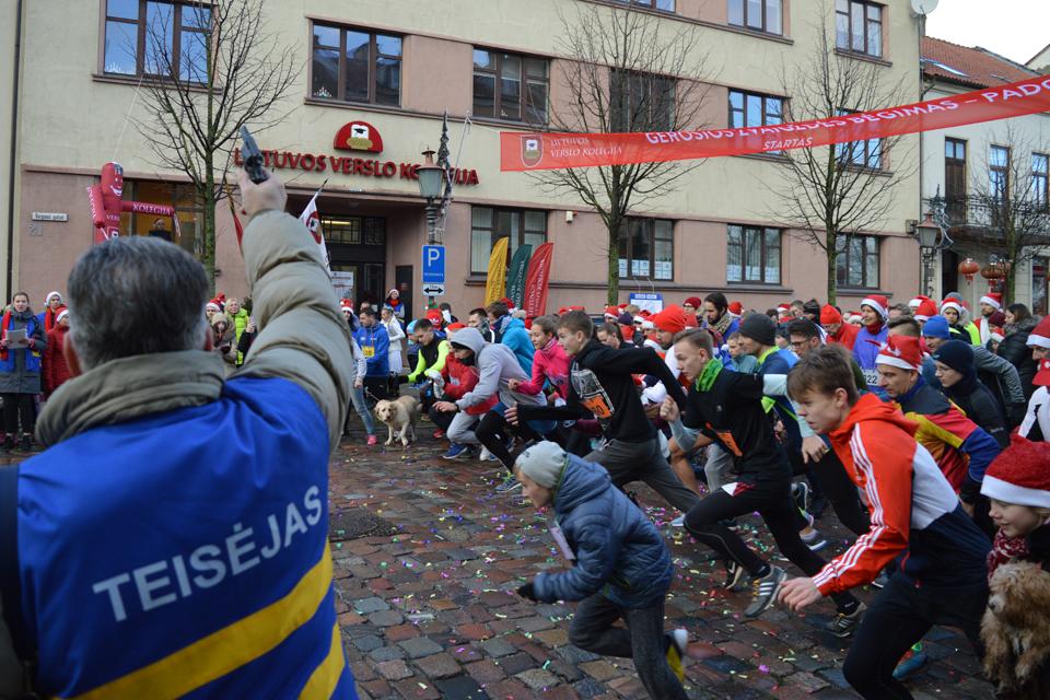 Labdaringame bėgime – beveik 150 bėgikų
