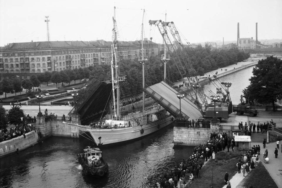 75-metį Biržos tiltas pasitiko neįgalus