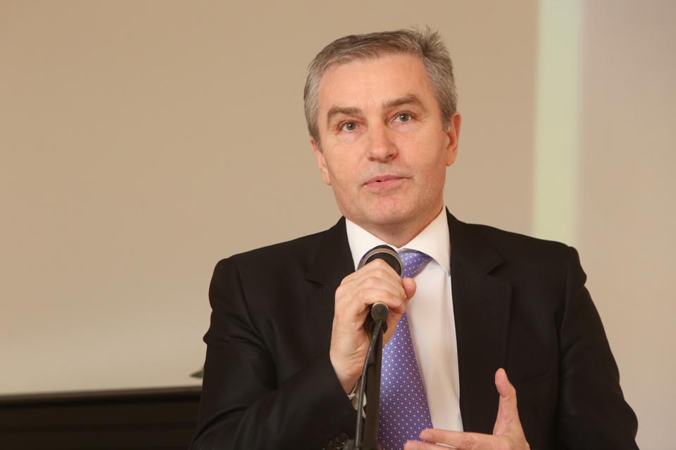 Klaipėdos apygardos teismais nepasitikintis Rimantas Cibauskas nori pasipelnyti?