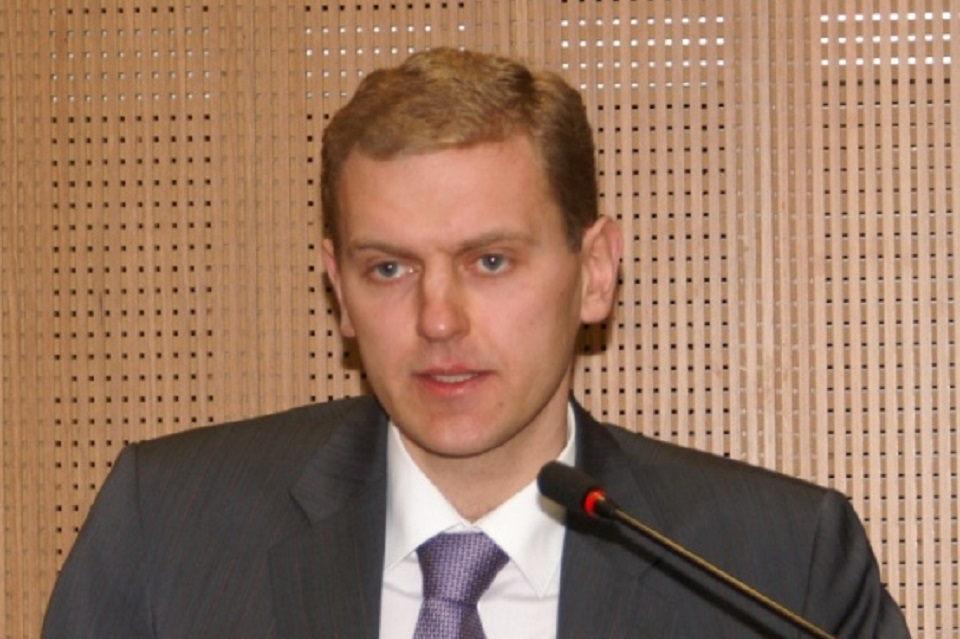 Buvusio Klaipėdos prokuroro vado suimti neleido (papildyta)