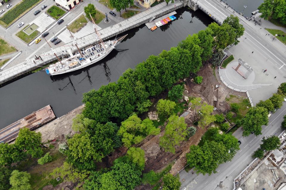 Реконструкция сквера у реки Данге должна завершиться в июле 2021 года