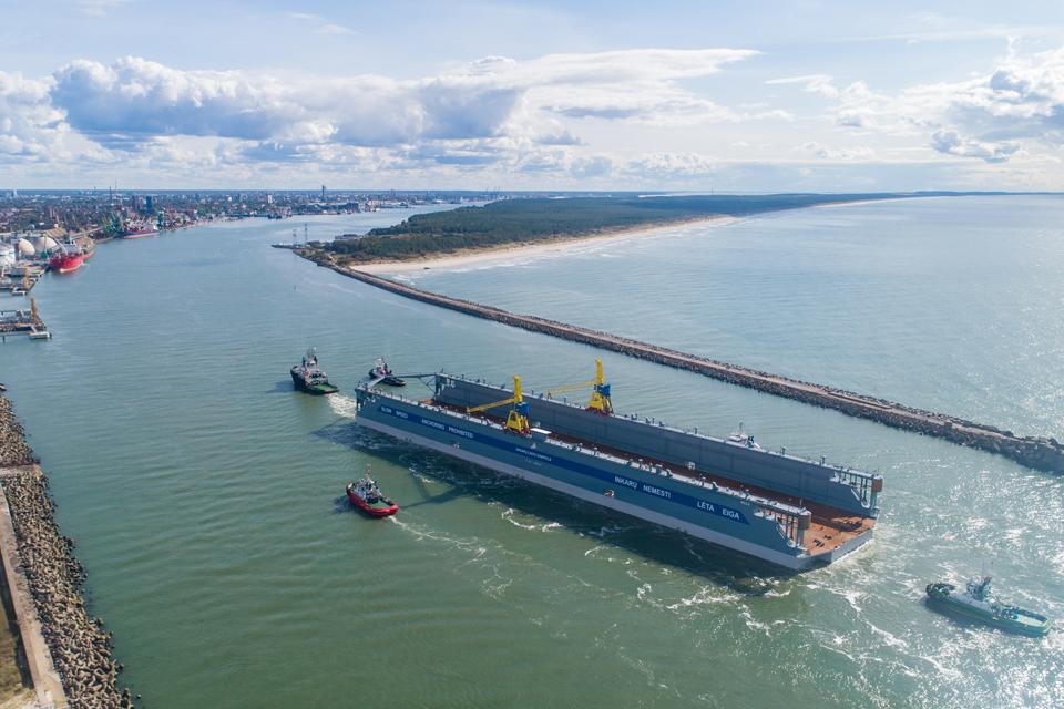 Paruošė darbui didžiausią Baltijos šalyse doką
