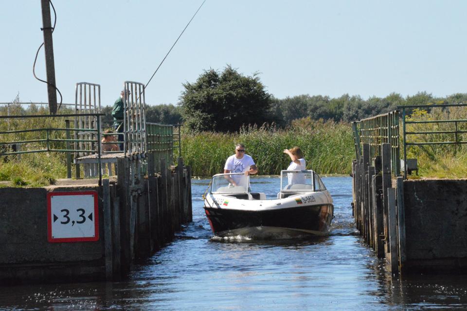 Laivyba kanale: pirmas iššūkis – vos keli metrai
