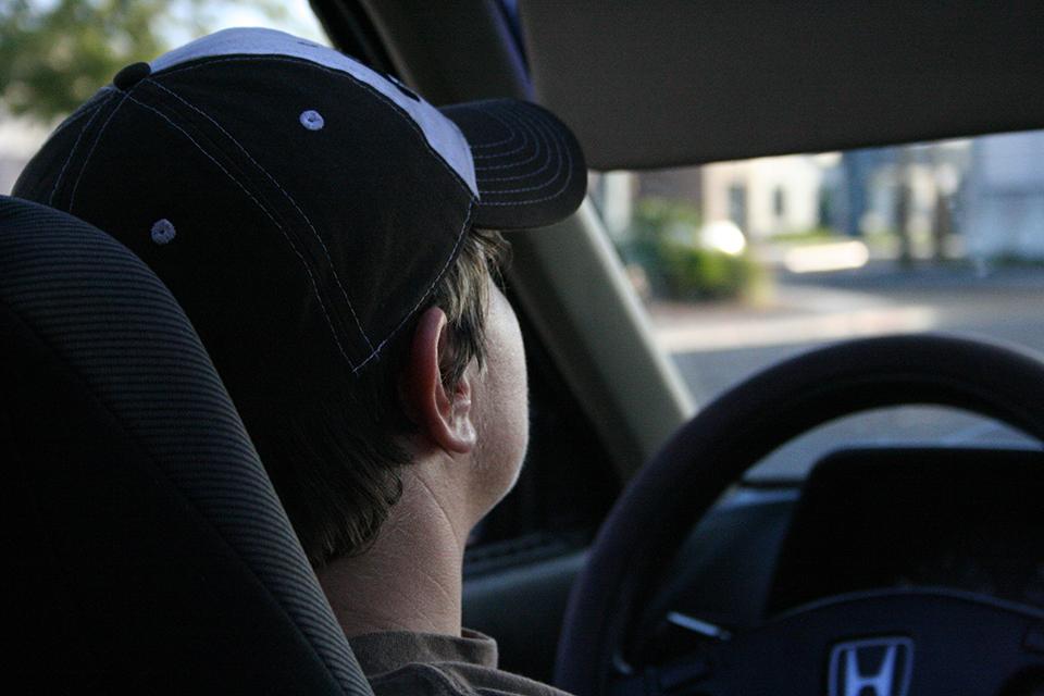 Nežymūs psichikos sveikatos sutrikimai nebekliudys vairuoti automobilį