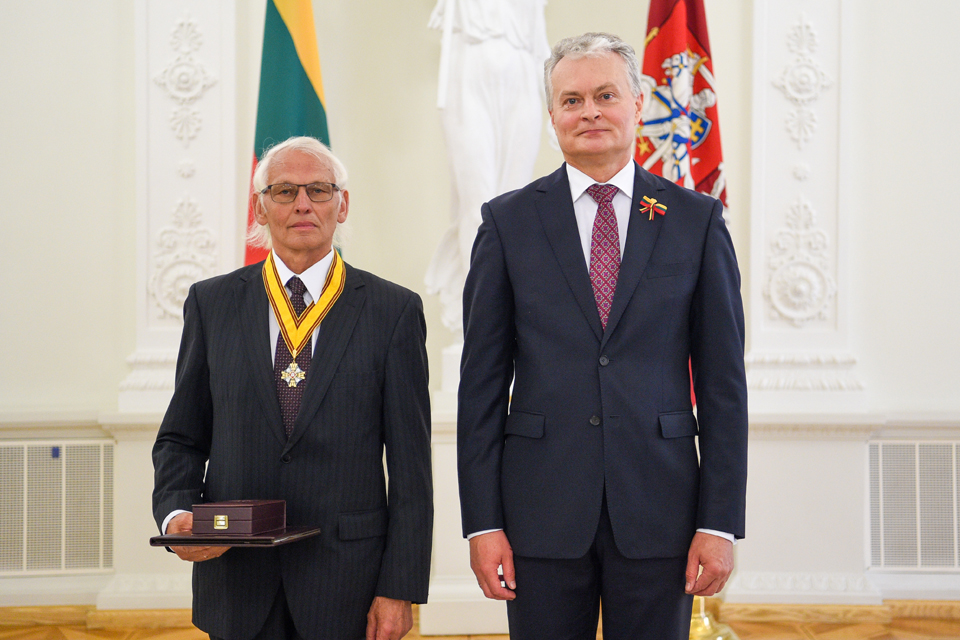 Valstybiniai apdovanojimai iš prezidento rankų – ir klaipėdiečiams