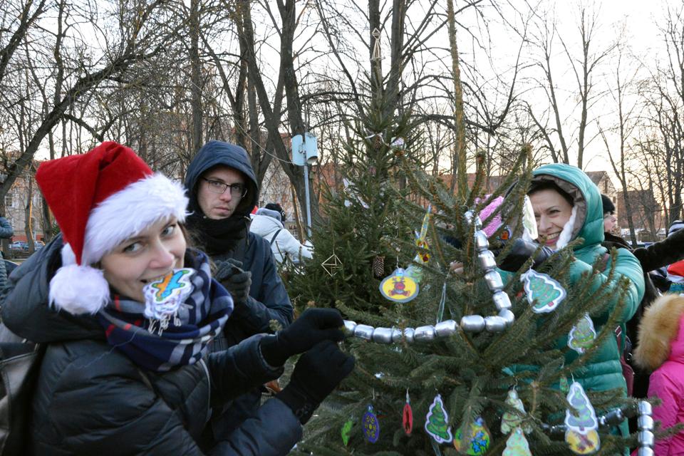 Klaipėdoje – pirmieji ryškūs Kalėdų ženklai