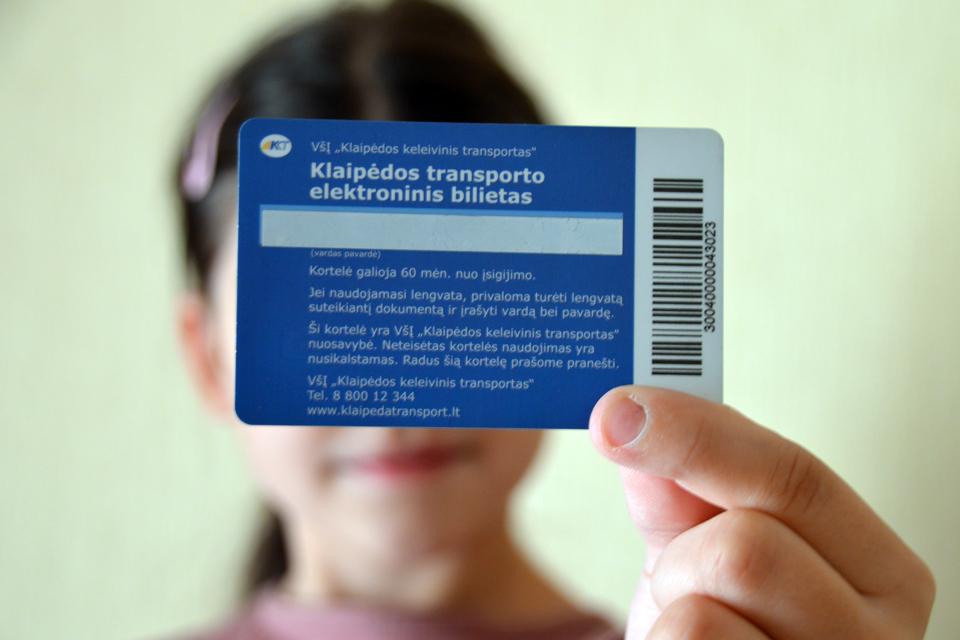 Vėl jaučiamas elektroninių bilietų kortelių deficitas