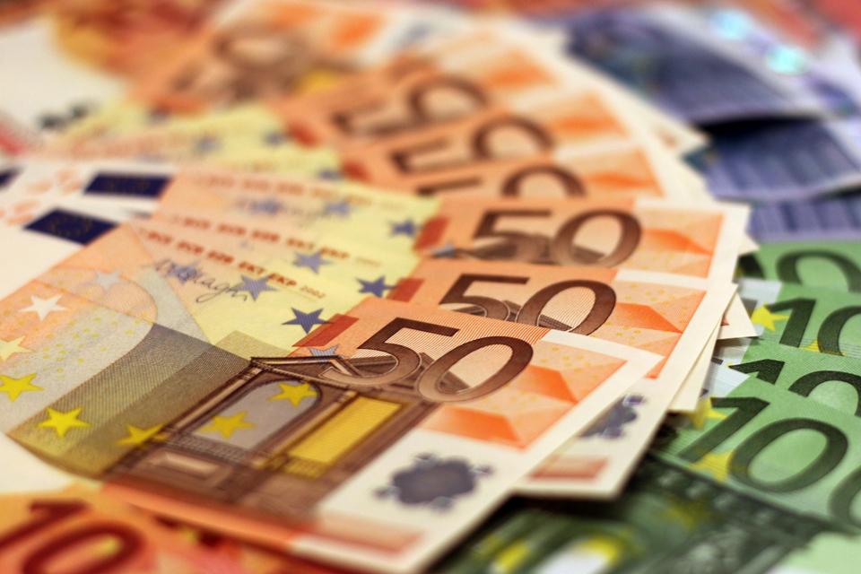 Kandidatų turtai ir interesai: TOP15