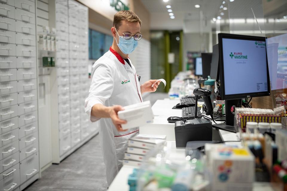 Karantino metu vaistinius preparatus įsigyti bus paprasčiau