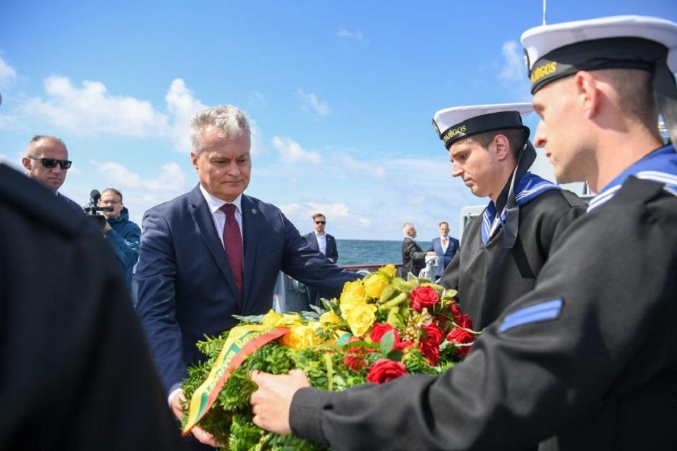 Žuvusius jūroje pagerbė ir prezidentas