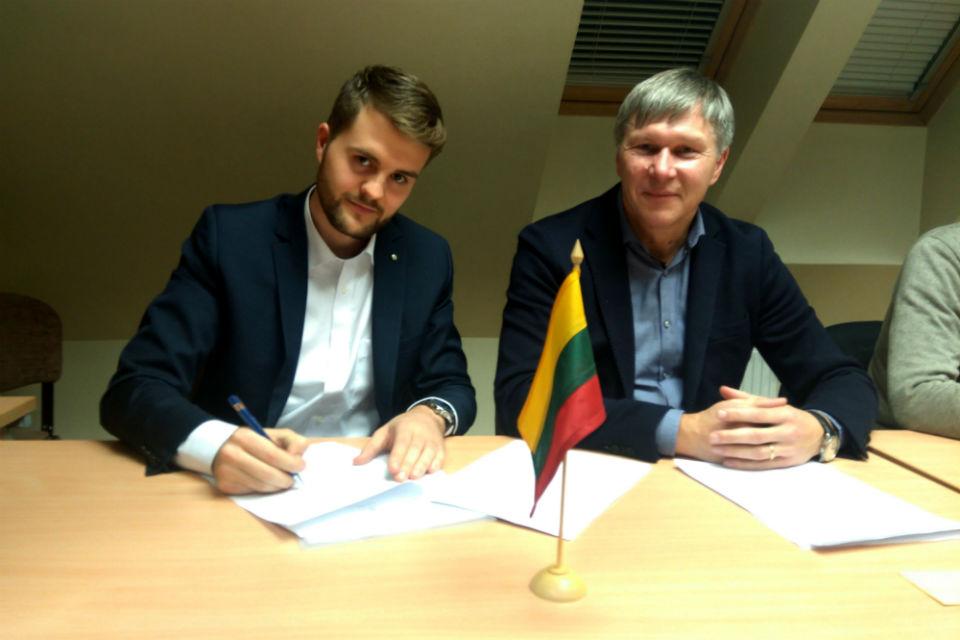 Klaipėdą ir Lietuvą pakeisti užsimojo be politikos