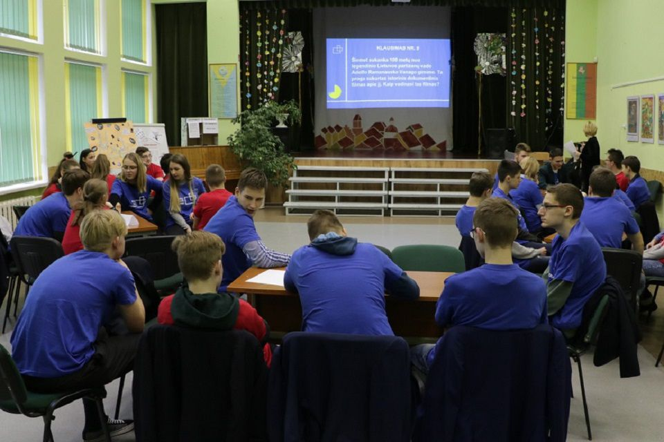 Klaipėdos gimnazistai jaukinasi medijas