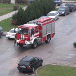 Uostamiestyje apdegė moteris ir automobilis