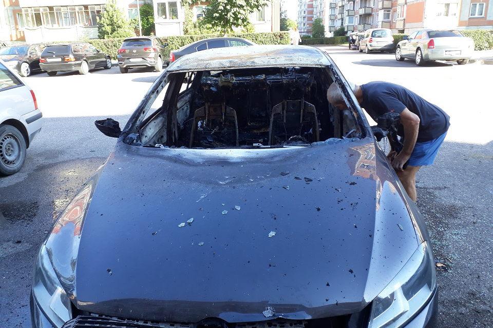 Padegė automobilį