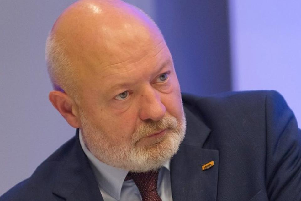 Siūlo rengti pirmalaikius Seimo rinkimus