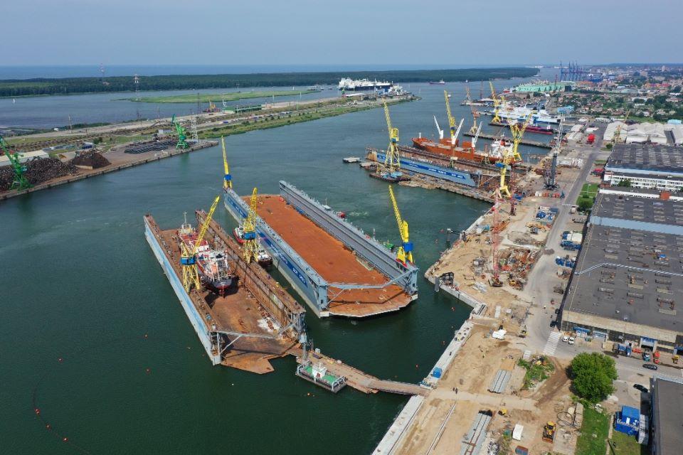 """Vakarų laivų gamykla pasiruošusi priimti """"Panamax"""", """"Postpanamax"""" ir """"Aframax""""  tipo laivus"""