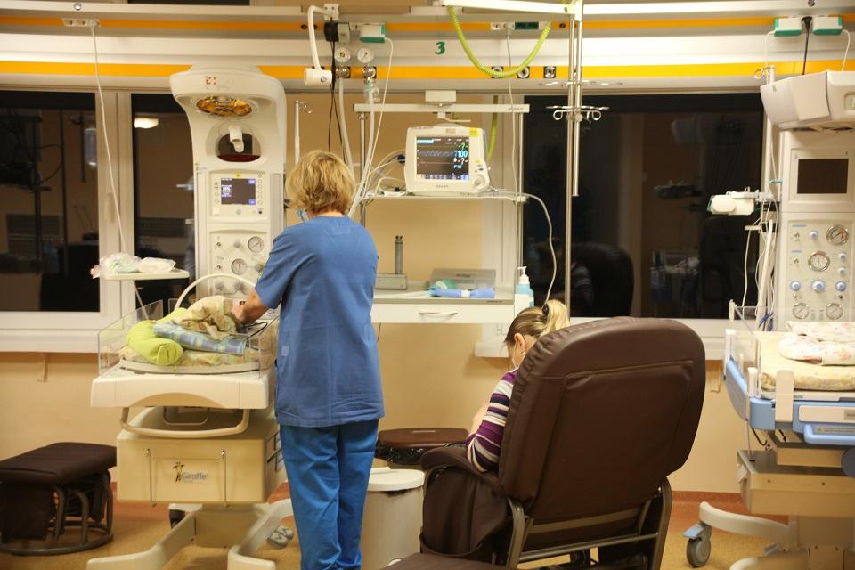 KUL: 23 gimdyvėms ir 3 naujagimiams nustatyta koronavirusinė infekcija