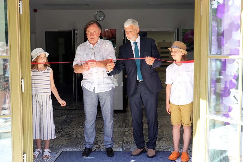 Vėžaičiuose duris atvėrė senjorų globos namai