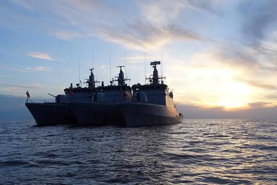 """""""Aukštaitis"""" dalyvauja mokymuose su vokiečių laivais"""