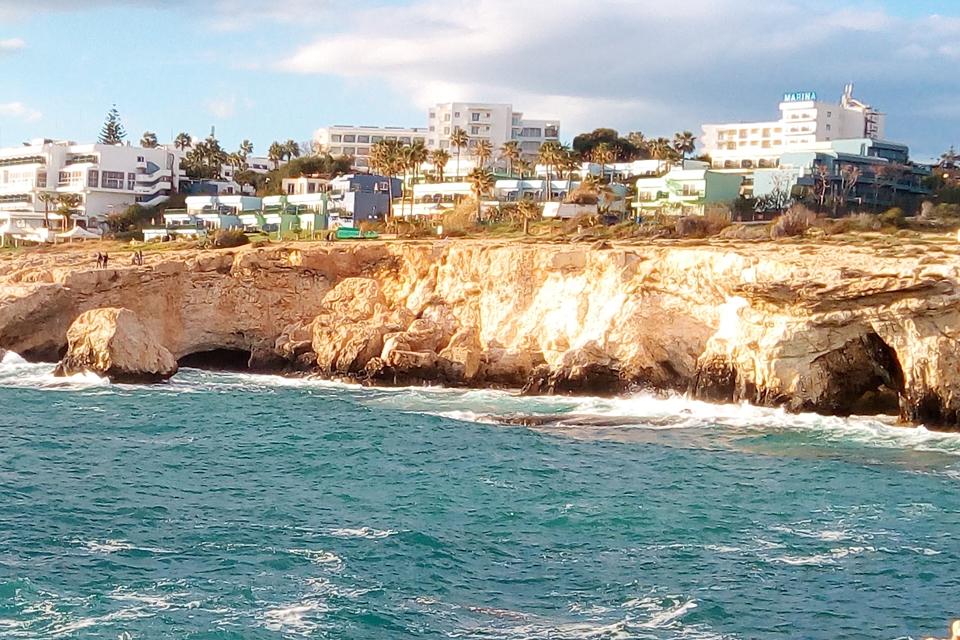 Kipras ne sezono metu: kaip pasivyti vasarą