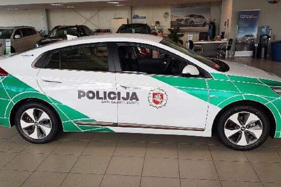 Klaipėdos apskrities policija įsigijo elektromobilį