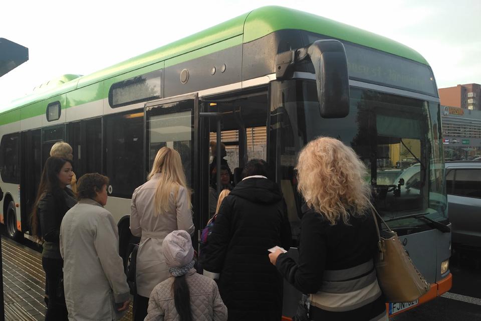Kaip važiuos autobusai per Naujuosius?