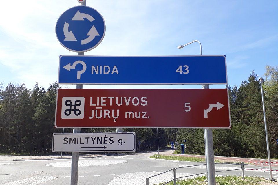 Į Neringą – ilga kelionė per kopas
