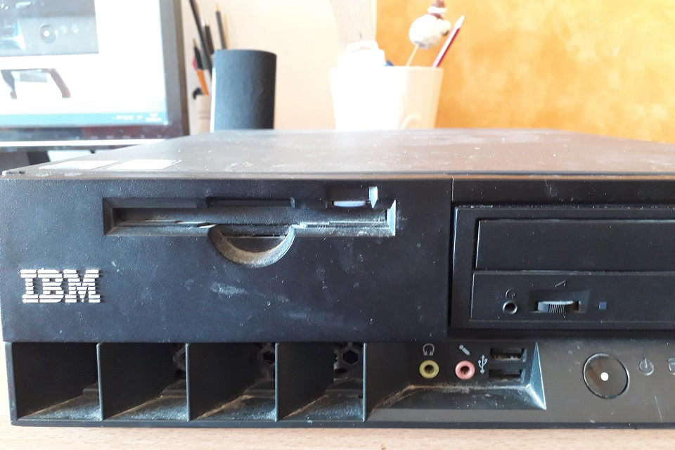 Senus kompiuterius –  perdirbti