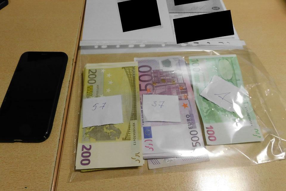 Rusijos pilietis į Lietuvą vežė kontrabandą – 30 tūkst. eurų