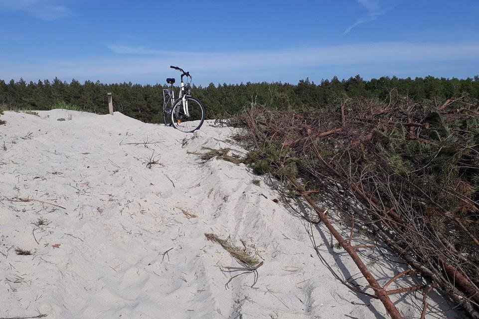 Smiltynės paplūdimyje – spąstai dviratininkams
