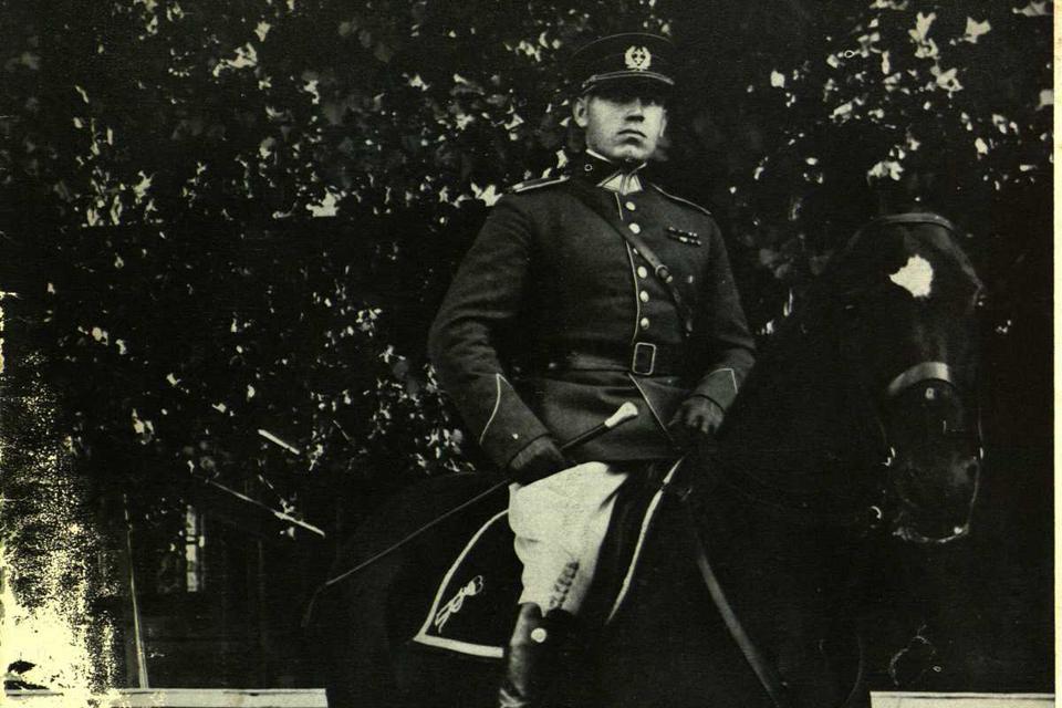 Karininkas, be kurio neįsivaizduojama tarpukario kavalerija I