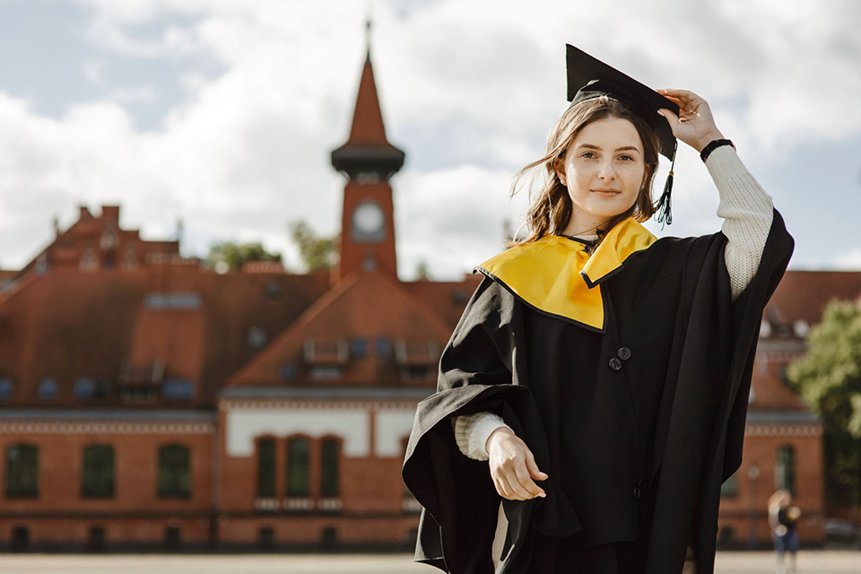 Klaipėdos universiteto vadovybė džiaugiasi naujaisiais studijų reitingais