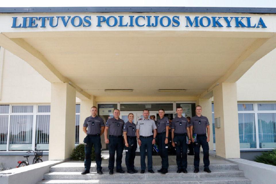 Klaipėdos apskrities pareigūnų gretas papildė penki kursantai